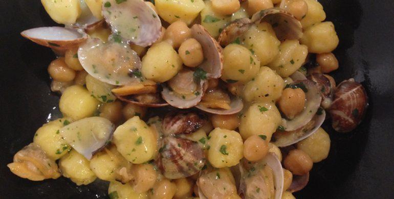 Ricetta Gnocchi Funghi E Vongole.Gnocchetti Di Patate Ceci E Vongole Veraci Food Snobber